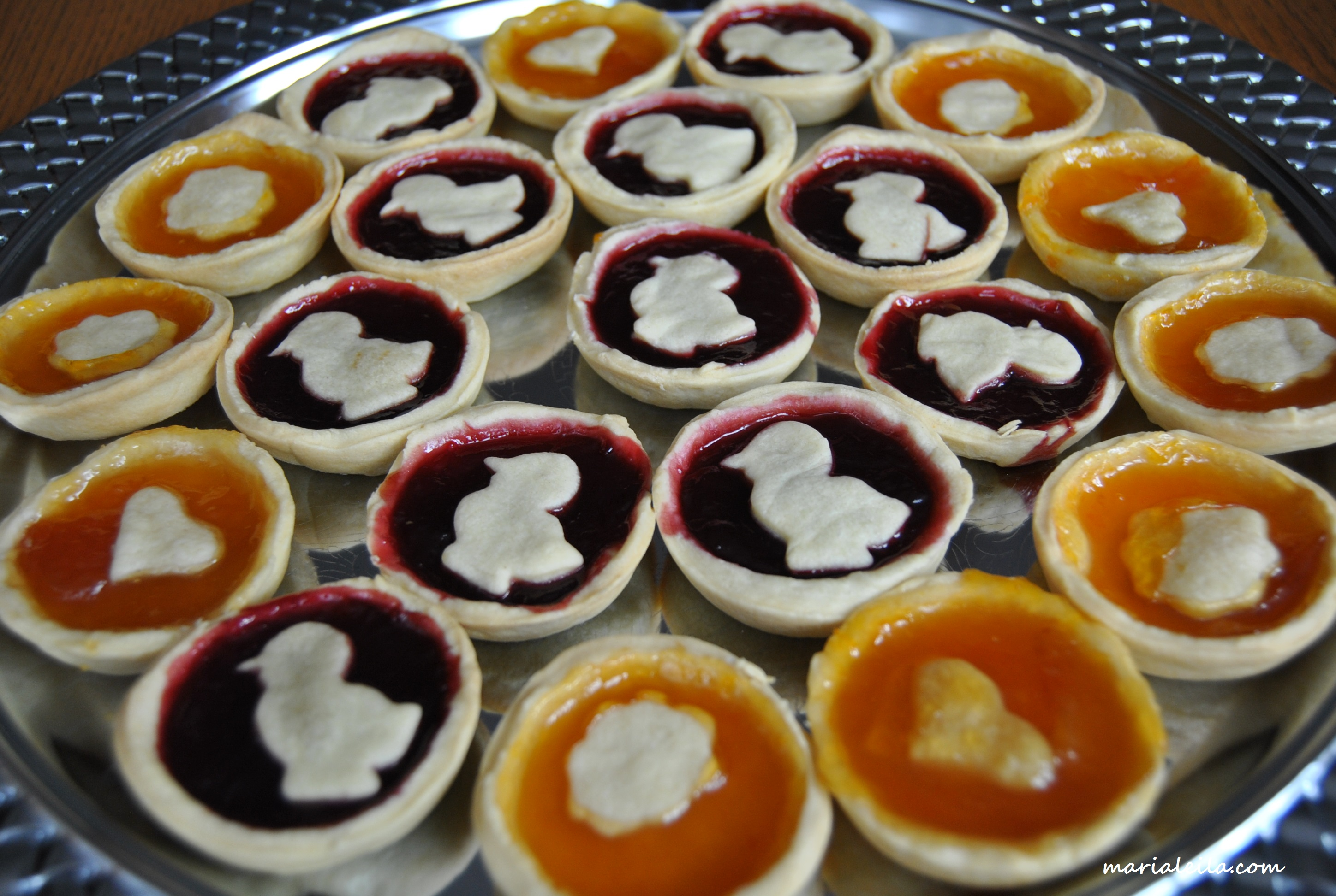 Jam tarts marielle does for Easy jam tarts ready made pastry